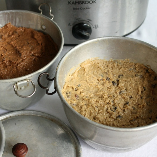 Slow cooker Christmas puddings before cooking image